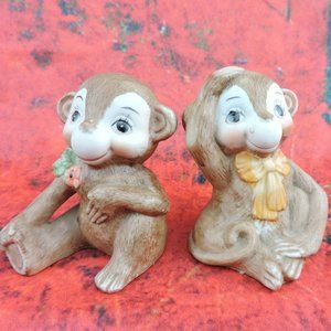 Other - Vintage Monkey Couple Salt & Pepper Shaker Set